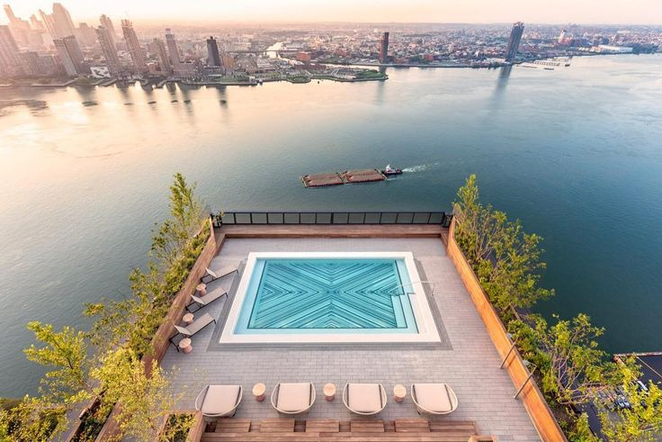 American Copper Buildings Outdoor Pool (Citi Habitats)