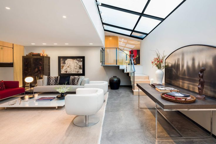 All images of The Curzon House #2/3 via Evan Joseph for Sotheby's International Realty
