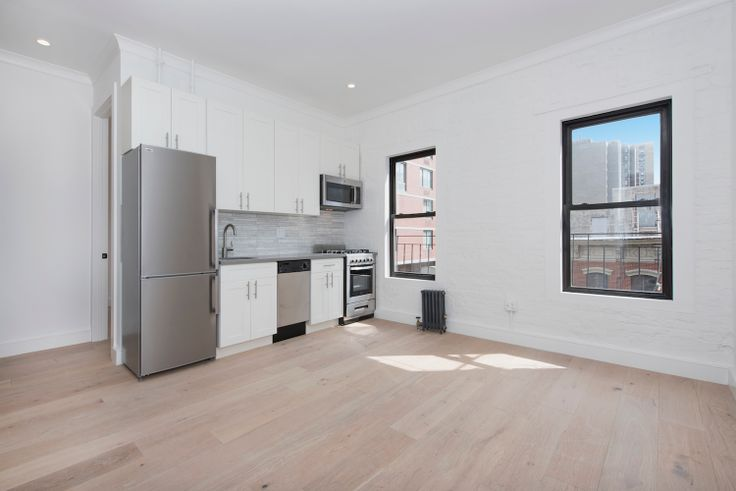 245 East 30th Street in Murray Hill (Image via Bold New York)