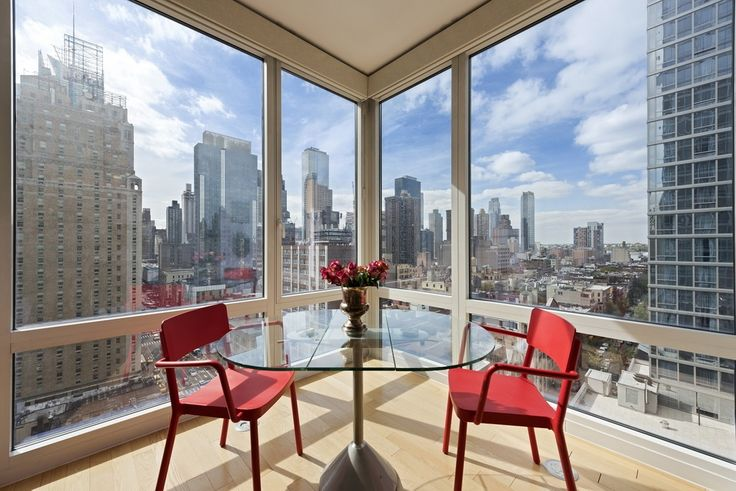 The Platinum, Unit #1403 for $2.395M; Nest Seekers