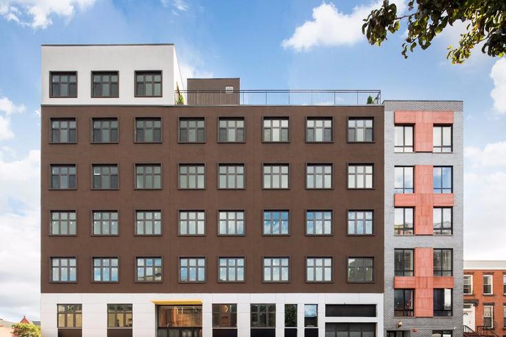 818 Lexington Avenue Now Offering Free Rent