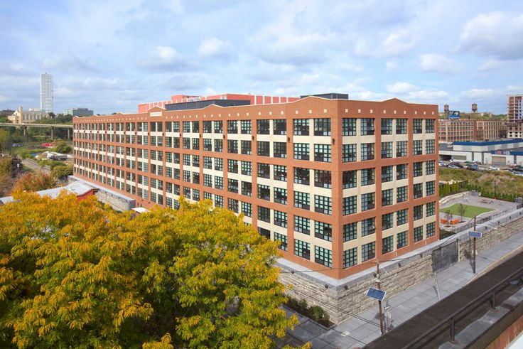 Embankment House at 270 10th Street in Jersey City via Newport Rentals