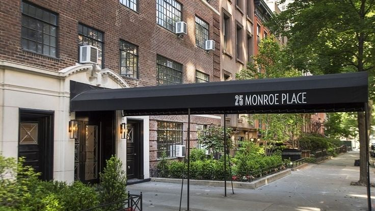 25 Monroe Place in Brooklyn Heights (Image via Bold New York)