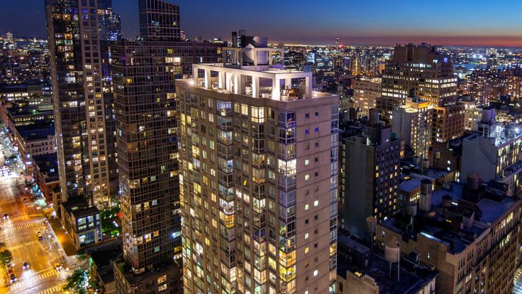 777 Sixth Avenue (Image via Equity Residential)