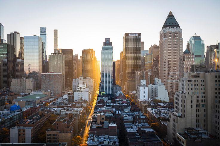 Dawn in Midtown West | Credit: Unsplash
