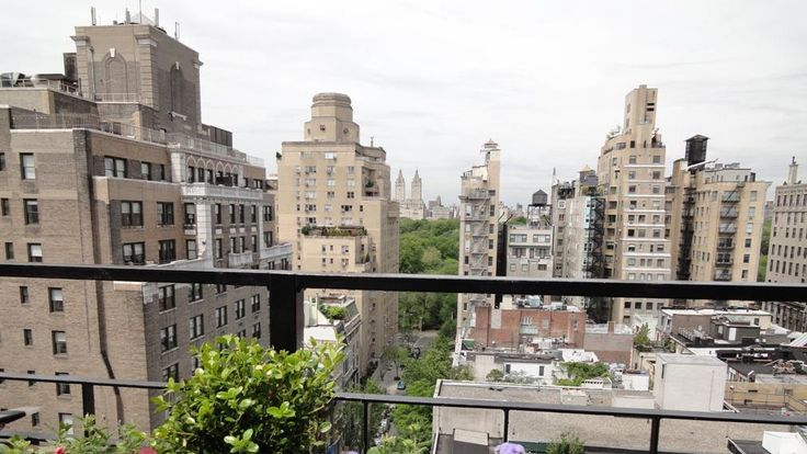 Hotel Carlyle, Manhattan Apartment