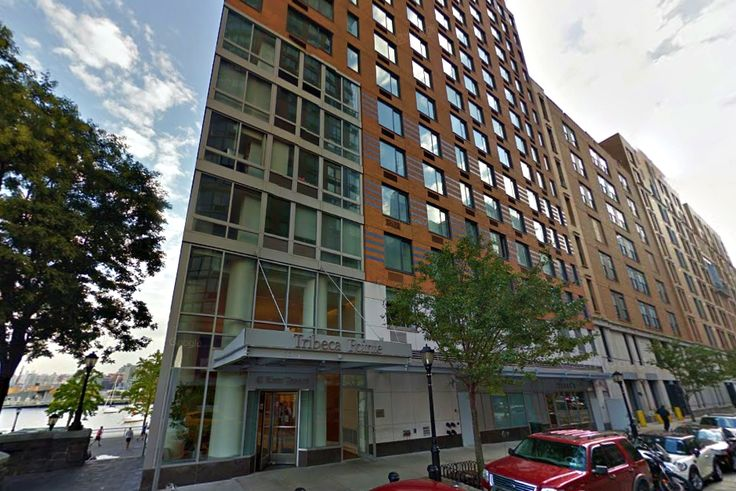 Tribeca Pointe at 41 River Terrace in Battery Park City (Image via Google Street View)