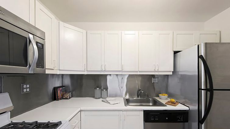 Gramercy towers 32 gramercy park south nyc apartments for Gramercy park apartments for sale