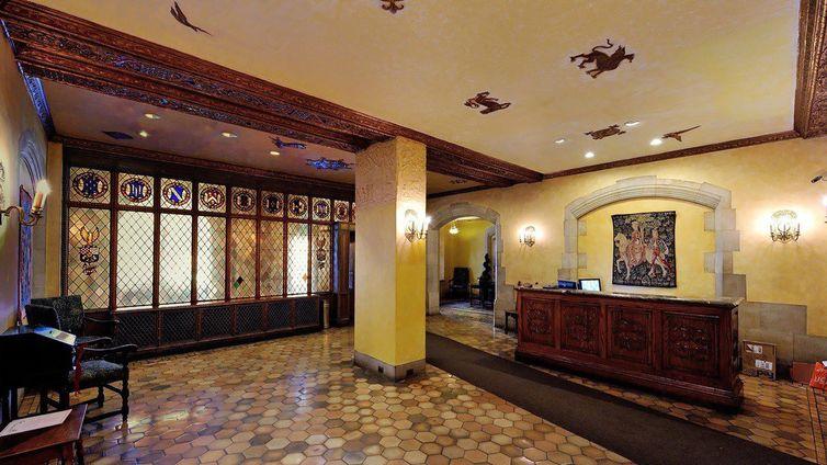 Tudor City Place Apartments For Sale