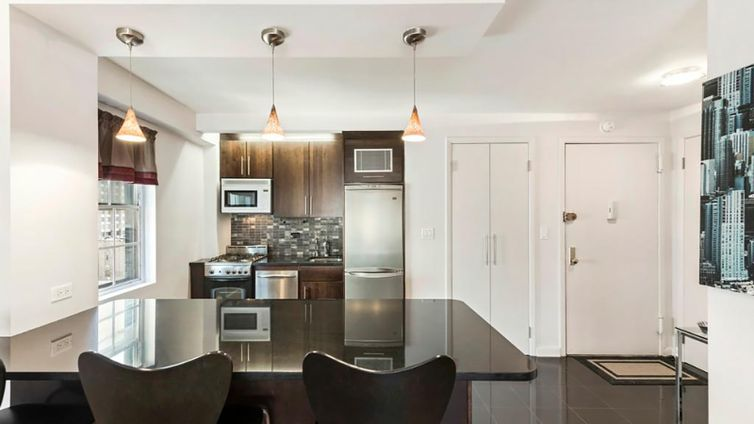 Tracy towers 245 east 24th street nyc apartments for Interior designers bronx ny
