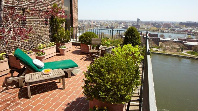 10 gracie square nyc apartments cityrealty for 1 gracie terrace new york ny