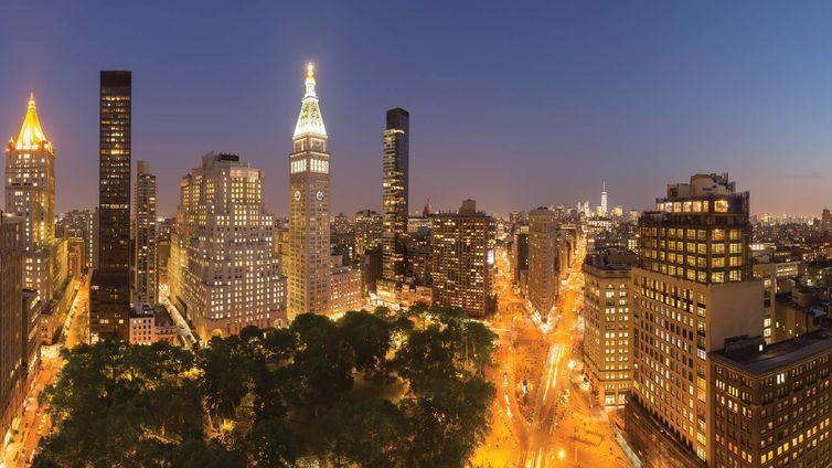 212 Fifth Avenue, NYC - Condo Apartments