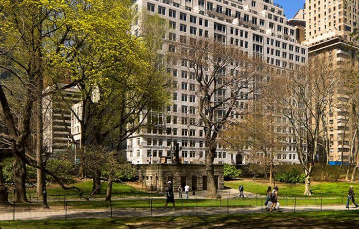 15 Central Park West - Building Facade