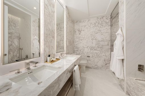 The Centrale, 138 East 50th Street, #17A