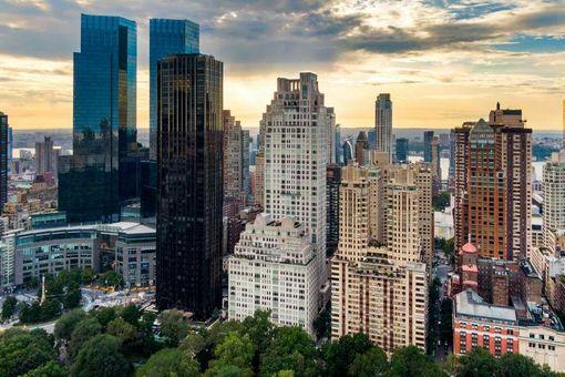 15 Central Park West, #6D