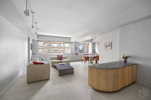 The Victorian, 175 East 62nd Street, #15B