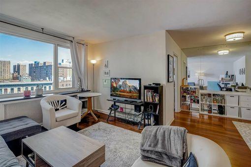 Twelve Seventy Fifth Avenue, 1270 Fifth Avenue, #9A
