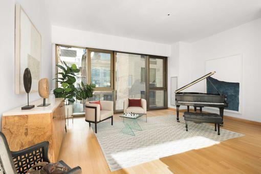 Gramercy Park Hotel, 50 Gramercy Park North, #11A