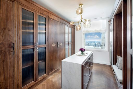 The Woolworth Tower Residences, 2 Park Place, #39a