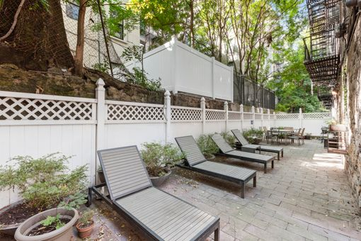 The Park Lane Condominium, 118 West 112th Street, #3A