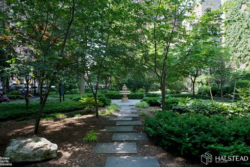 The Manor, 333 East 43rd Street, #115