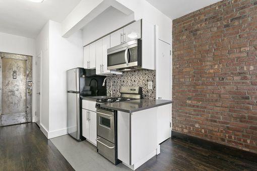 Louis Philippe Condo, 312 West 23rd Street, #3B