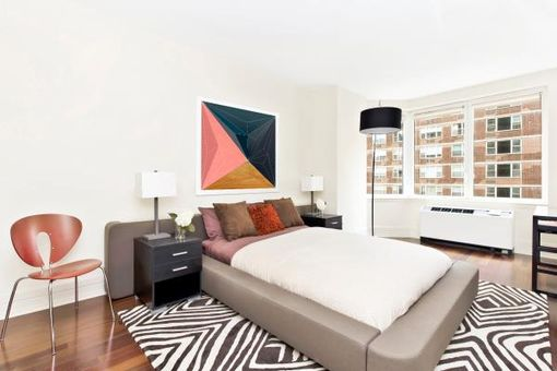 Milan, 300 East 55th Street, #8D