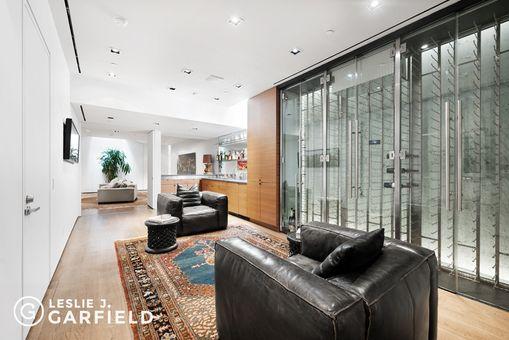 80 Washington Place,