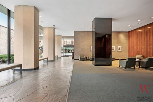 Tower East, 190 East 72nd Street, #31B