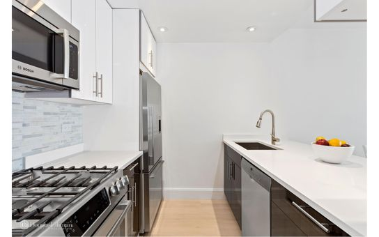 Liberty Terrace, 380 Rector Place, #25F