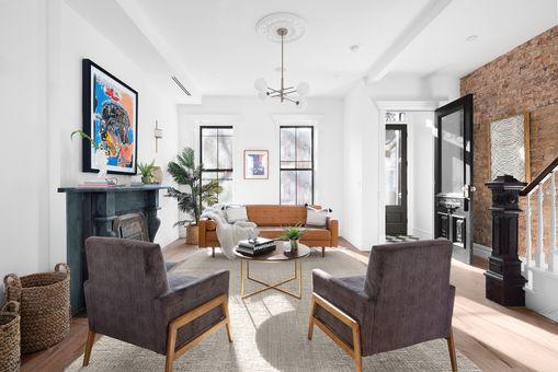 561 Mac Donough Street,