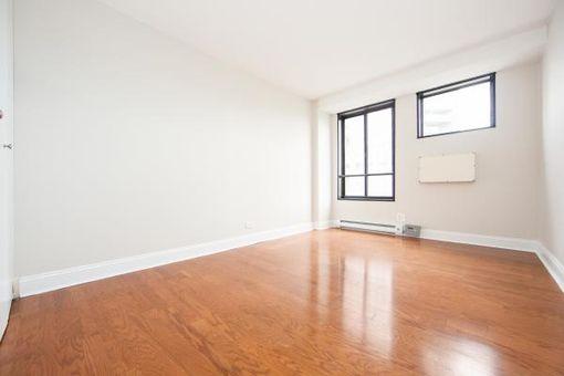 1660 Madison Avenue, #8L