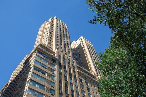 The Majestic, 115 Central Park West, #2A