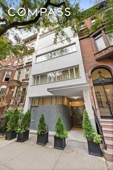 32 East 74th Street,