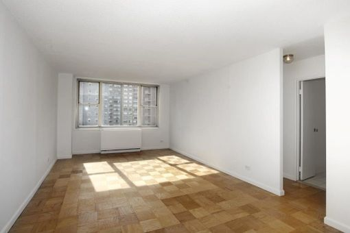 Murray Hill Manor, 166 East 34th Street, #301