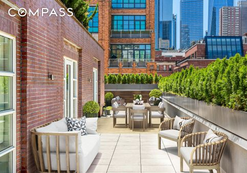 The American Express Carriage House, 60 Collister Street, #PH4A