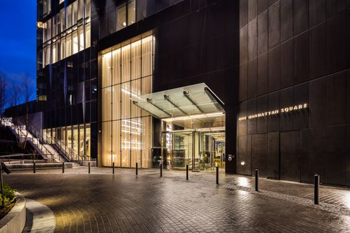 One Manhattan Square, 252 South Street, #61J