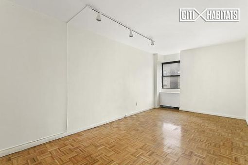 River East Plaza, 402 East 90th Street, #5A