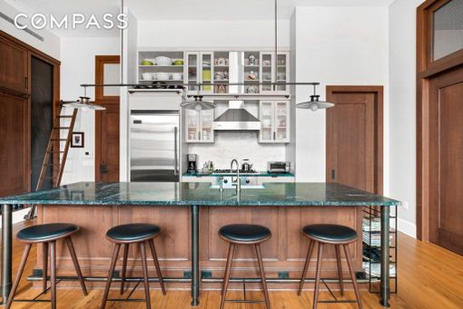 Inkwell, 520 West 45th Street, #3A