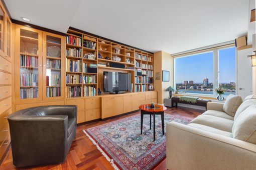 The Heritage, 240 Riverside Boulevard, #22A