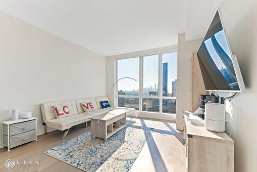 Manhattan View at MiMa, 460 West 42nd Street, #51F
