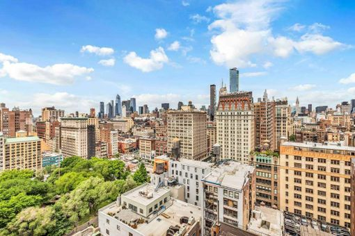 Zeckendorf Towers, 1 Irving Place, #P22D