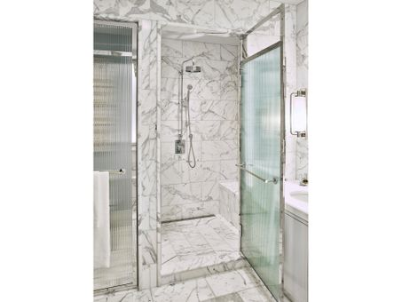 Beckford Tower, 301 East 80th Street, #15A