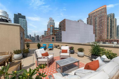 The Foundry, 2-40 51st Avenue, #4J