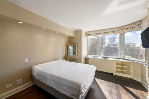 The Strand, 500 West 43rd Street, Unit 31A - 2 Bed Apt for ...