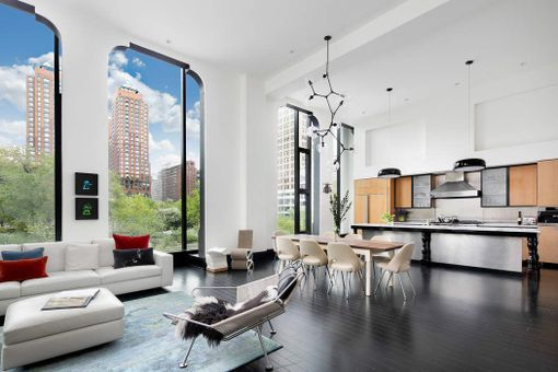 15 Union Square West, #3B