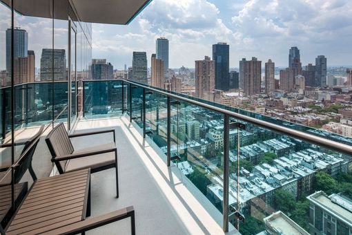 Icon, 306 West 48th Street, #41A