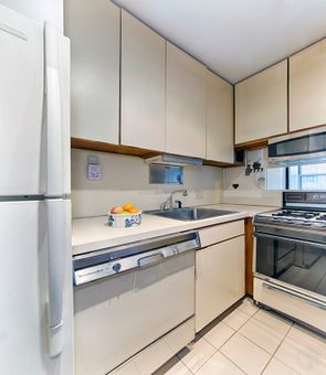 The Excelsior, 303 East 57th Street, #11K