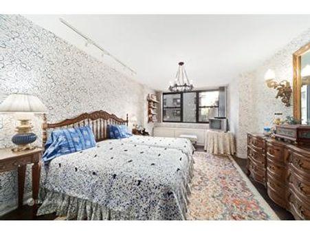 420 Beekman Hill, 420 East 51st Street, #5F