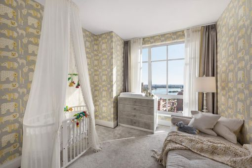 The Kent, 200 East 95th Street, #27A